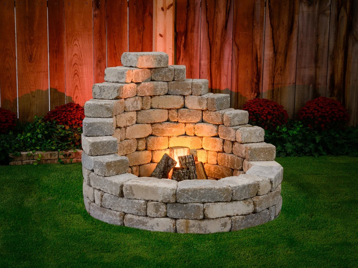 4 Steps to Start Outdoor Fire Pit Fast